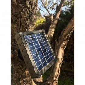 Panneau solaire de caméra en situation